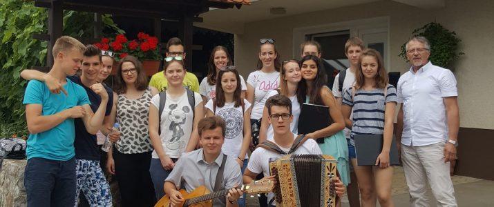 49. tabor slovenskih pevskih zborov v Šentvidu pri Stični